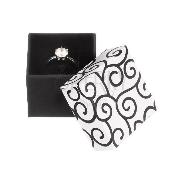 geschenkverpackung schwarzwei es quadrat mit ornamenten schmuck eshop de. Black Bedroom Furniture Sets. Home Design Ideas