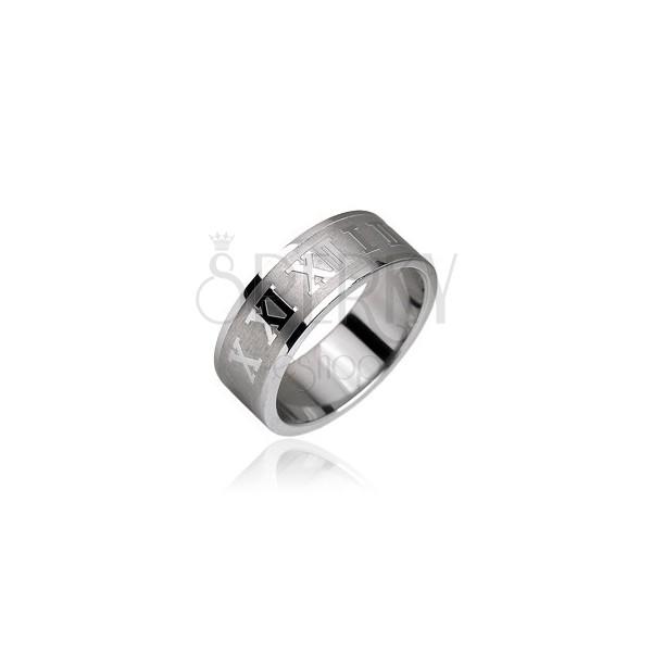 Stahl Ring mit glänzenden römischen Zahlen auf einem matten Streifen