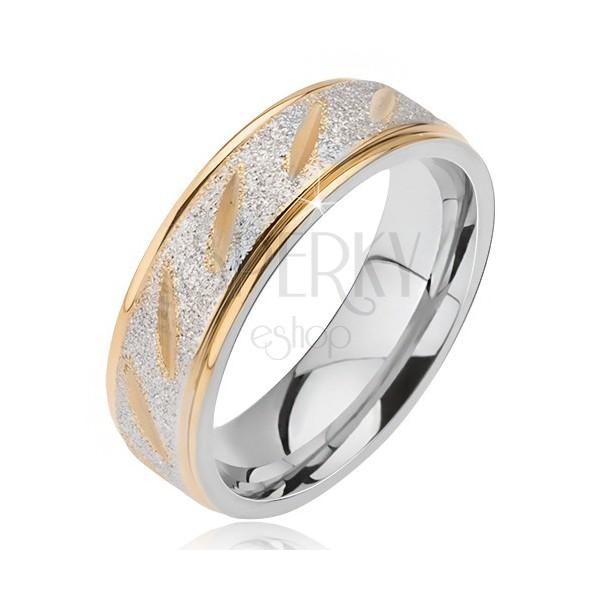 Hochzeitsring aus Stahl, mattiert mit goldenen Nuten und Kanten