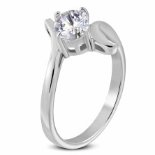 Ring aus 316L Stahl mit großem klarem Zirkonia und Schlinge