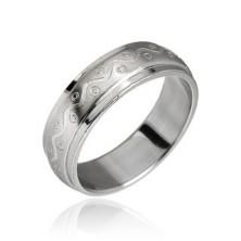 Ring aus rostfreiem Stahl mit Wellenlinie und Punkten
