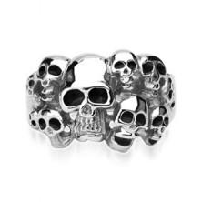 316L Stahl Ring in silberner Farbe - zehn Schädel mit Glasur in schwarzer Farbe
