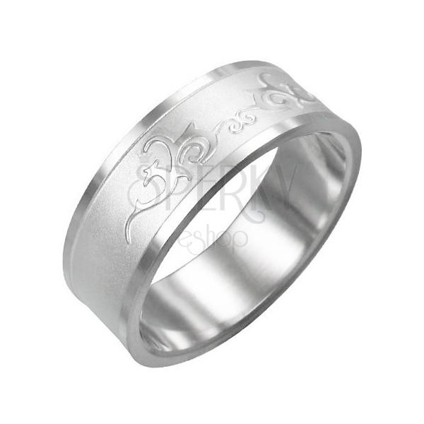 Ring aus Chirurgenstahl - glänzendes Ornament