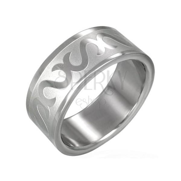 Ring aus Chirurgenstahl dekoriert mit S-Buchstaben