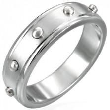 Ring aus Chirurgenstahl mit plastischen Punkten