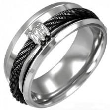 Ring aus Stahl mit schwarzem Seil