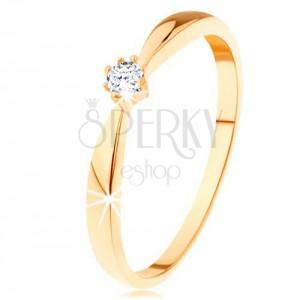 Damenring aus 14K Gelbgold - abgerundete Ringschiene, runder klarer Diamant