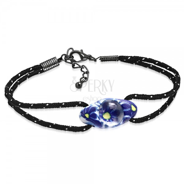 Schwarzes Schnurarmband mit einer ovalen FIMO Perle, blaue
