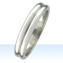 Ring mit Doppelring-Effekt