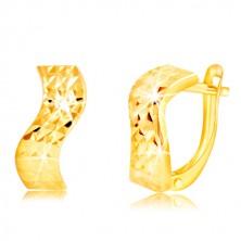 Ohrringe aus 14K Gelbgold - Welle, glitzernde Oberfläche mit geschliffenen Einschnitten