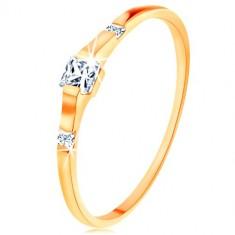 375 Gelbgoldring - drei klare Zirkoniaquadrate, glatte glänzende Schiene