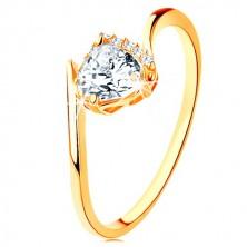 Ring aus 9K Gelbgold - klares Zirkoniaherz, gebogene Armenden