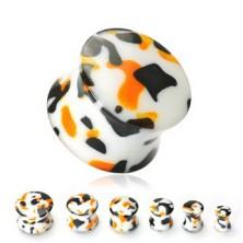 Weißer Ohrplug mit schwarzen und orangen Spuren
