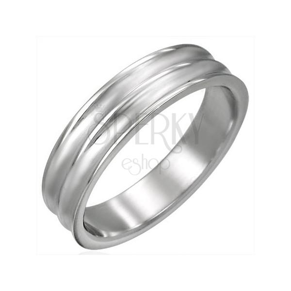 Breiter Stahl Ring mit zwei nach innen gewölbten Streifen