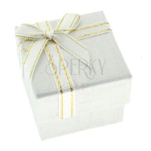 wei e geschenkverpackung mit griechischem muster und band schmuck eshop de. Black Bedroom Furniture Sets. Home Design Ideas